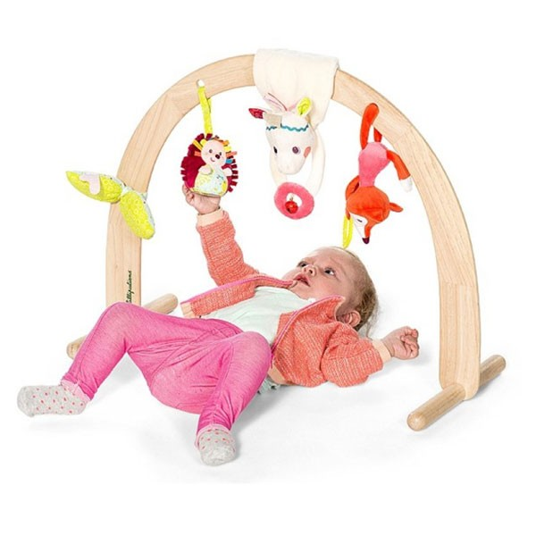 arche en bois avec jouets louise lilliputiens bebe cadeau. Black Bedroom Furniture Sets. Home Design Ideas